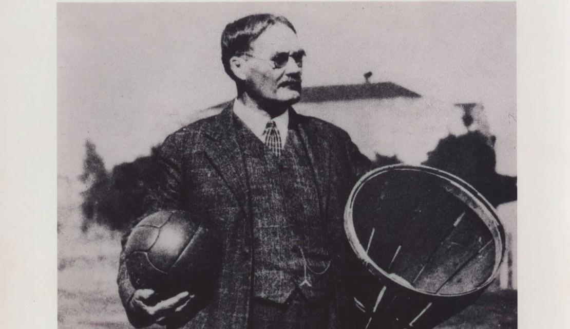 a brief history and the origins of basketball a game invented by dr james naismith The roots of basketball are firmly embedded in canada in 1891 the game was invented by dr james naismith, a canadian who hailed from almonte, ontario.